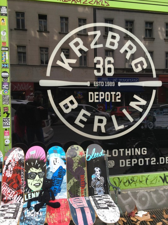 Germany - Berlin - Great way to use some old skateboards!