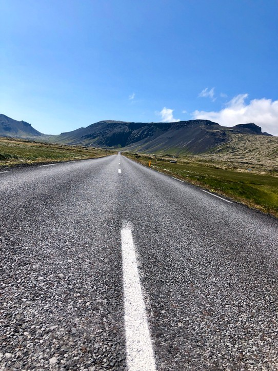Island - Snæfellsbær - Road to Nowhere...😉