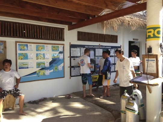 Philippinen - Malapascua Island - Sea Explorer Diving School