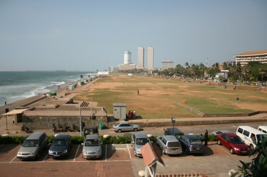 Sri Lanka - Colombo - Unsere Aussicht - The Galle Face Green